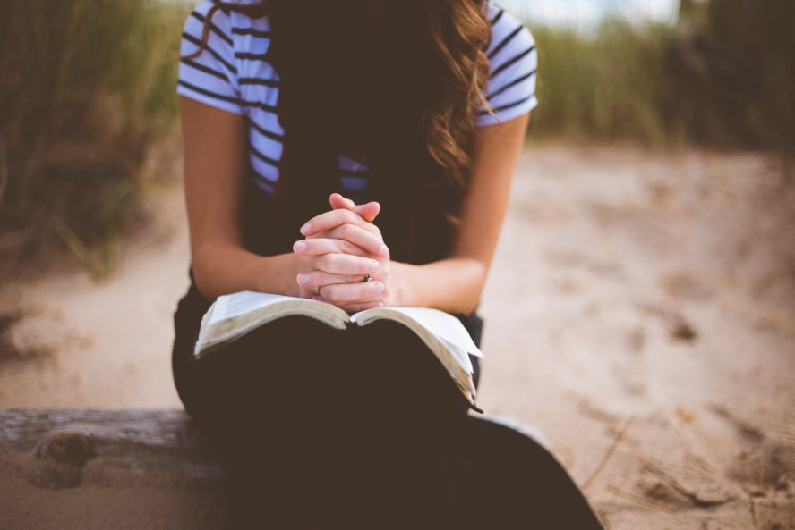 Prayer For Love: 8 Ways To Pray For Love, No Matter What Your